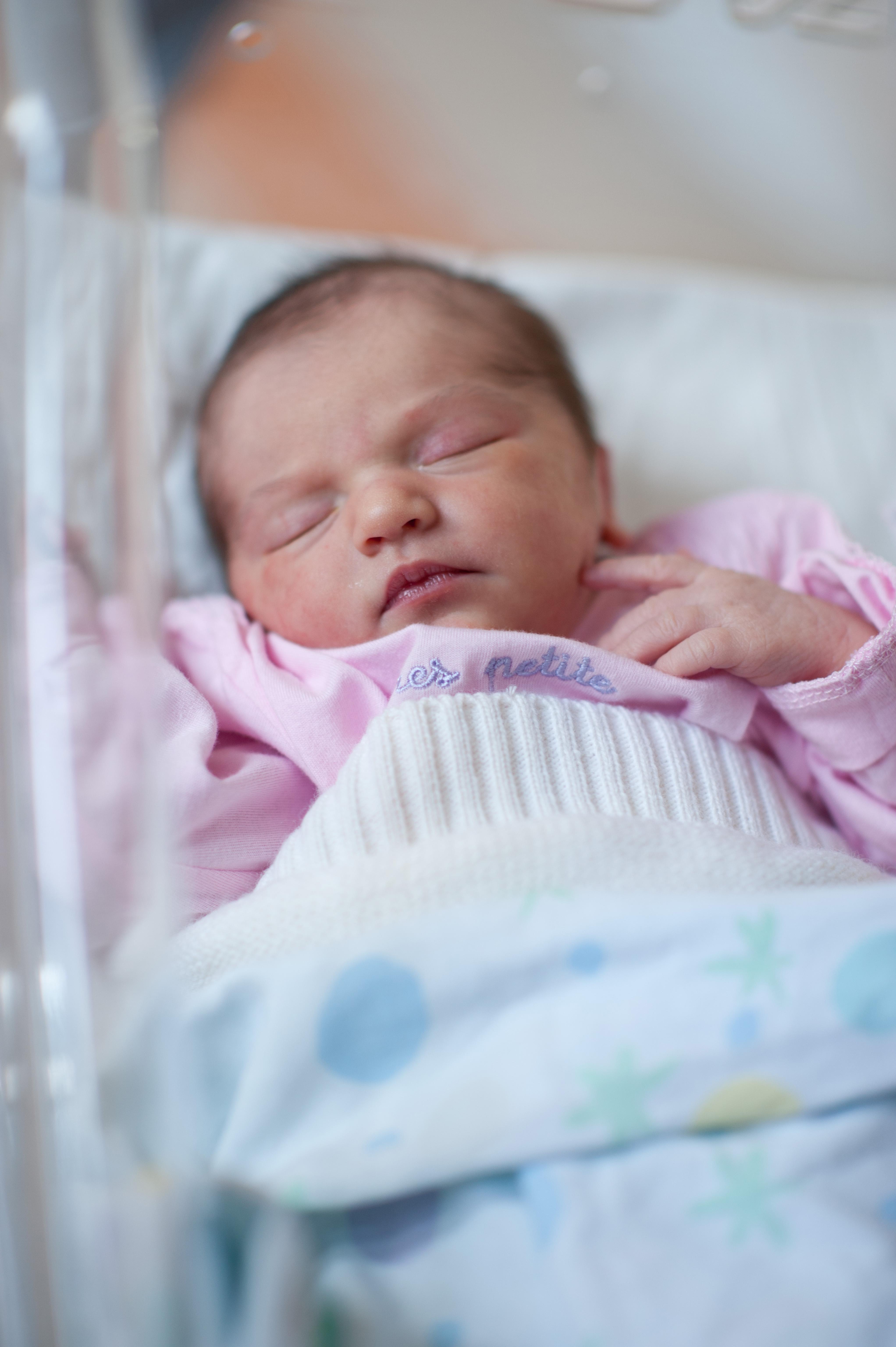 Family-Newborn-01