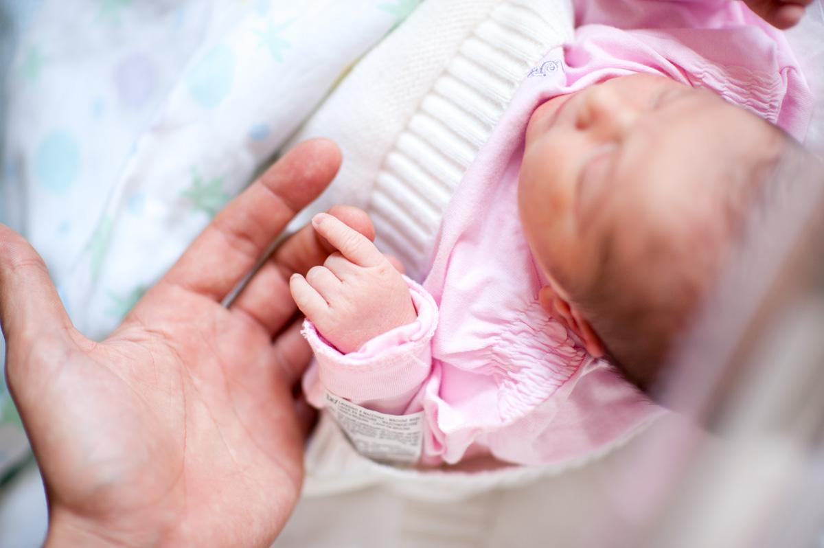 Family-Newborn-02